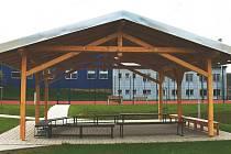 Páteční otevření víceúčelového sportovního areálu.