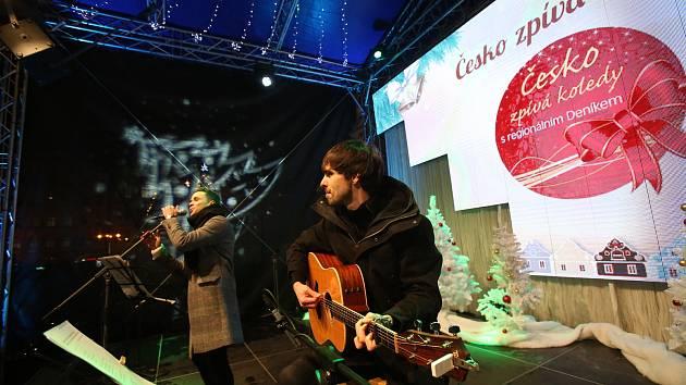 Česko zpívá koledy letos ve středu 11. 12. od 18 hodin. Snímek je z roku 2018.