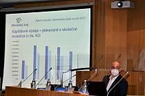Rada kraje ve středu ráno předložila návrh rozpočtu na příští rok. Předpokládaný schodek ve výši 1,2 miliardy není vyšší než loňský.
