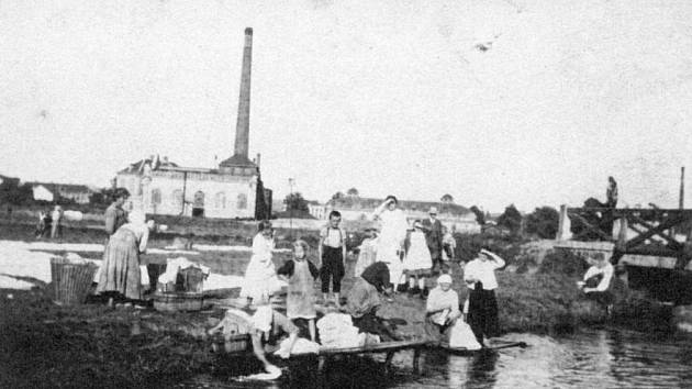 Mánesova ulice po roce 1908.
