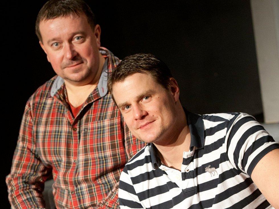 Z Jihočeského divadla odchází několik klíčových herců. Martin Hruška a Ondřej Veselý (na snímku) míří od září 2014 do Divadla pod Palmovkou, stejné divadlo zlákalo i Ondřeje Volejníka.