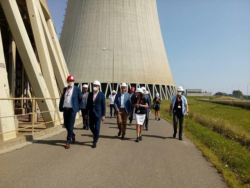 Premiér Babiš a ministr Havlíček navštívili jadernou elektrárnu Temelín.