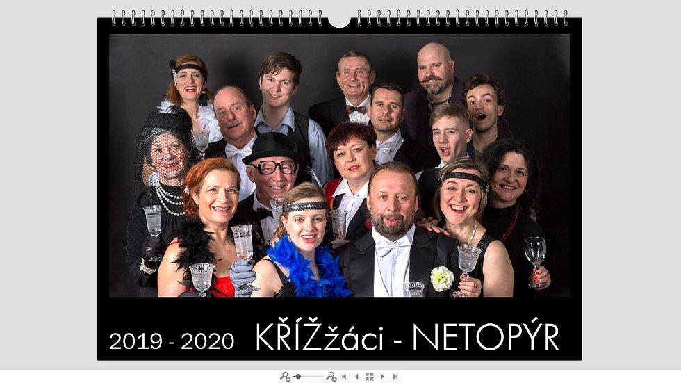 Čím vším si v minulém roce prošel divedelní soubor Křížžáci z Hluboké nad Vltavou? Foto: Kalendář Netopýr