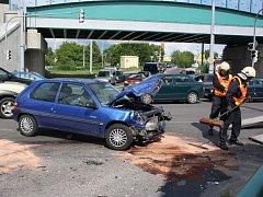 Nehoda na křižovatce ulic Nádražní a Pekárenská ze 14. června.