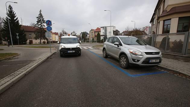 Od 1. prosince 2019 je v ostrém provozu II. etapa rozšíření parkovacích zón na Pražském předměstí.