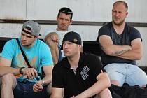 Dole zleva David Janda, Jaroslav Jágr, nahoře David Nedorost a Rudolf Suchánek ml. na prvním srazu David servisu.