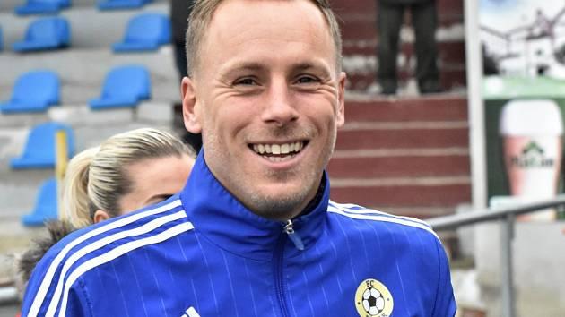 Milan Nousek mladší se na post hlavního trenéra FC písek posunul na podzim po jedenácti zápasech týmu v ČFL.