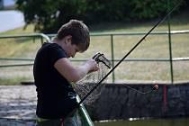 V sobotu se v Hostech uskutečnil dětský rybářský závod.