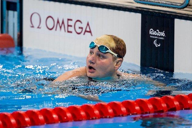 PRVNÍ medaili vybojovala pro Českou republiku Běla Třebínová. Nyní se připravuje na svou korunní disciplínu 50 m znak.