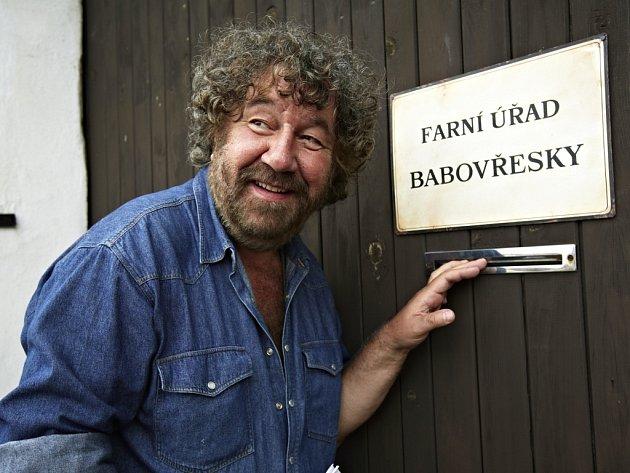 Režisér Zdeněk Troška slaví 18. května své šedesátiny, v pátek 24. května začne v Pištíně natáčet komedii Babovřesky 2.