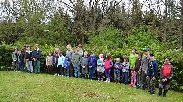 Počtvrté se v sobotu v Nových Hradech uskutečnila Zlatá srnčí trofej, soutěž pro děti se zájmem o přírodu.