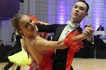 David Jodl se svou partnerkou Klárou Faltusovou při soutěžním tanci.