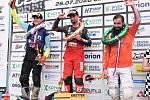 Tři nejlepší z nedělního závodu hlavní třídy MX1: vlevo druhý Rakušan Pascal Rauchenecker, uprostřed vítězný Němec Max Nagl a vpravo třetí Jihočech Václav Kovář.