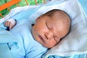 Adam Dolejš se narodil 24. 11. 2018. Maminka Martina Dolejšová ho porodila v 7.47 h. Váha po porodu ukazovala 4,87 kg. V Ledenicích na něj čekala 4letá sestra Anetka.