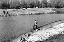 KDYSI: Rybník Bagr ve Stromovce v květnu roku 1988.