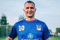 O post předsedy Jihočeského Krajského fotbalového svazu se uchází tři kandidáti. Jedním z nich je Tomáš Pintér.
