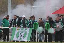 Divizní derby Roudné - Jankov vyhráli domácí 1:0. V kotli hostů to vřelo.