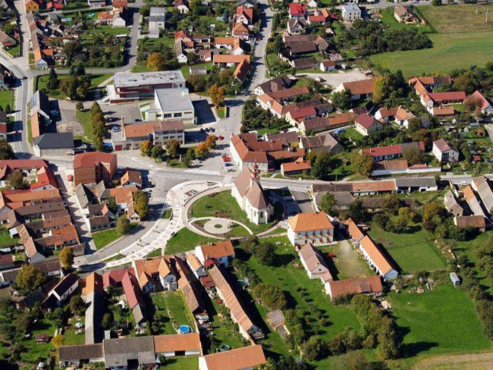 Městys Ševětín.