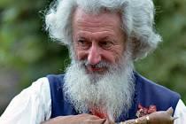 Ve věku 88 let zemřel 10. prosince 2012 legendární český dudák a rodák ze Strakonic Josef Režný.