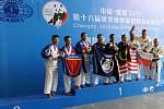 Jihočeši vezou z Číny medaile.