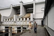 Lipno je největší umělá vodní nádrž v České republice.