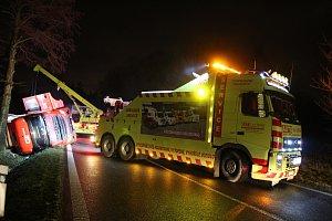 Nehoda kamionu u Lišova