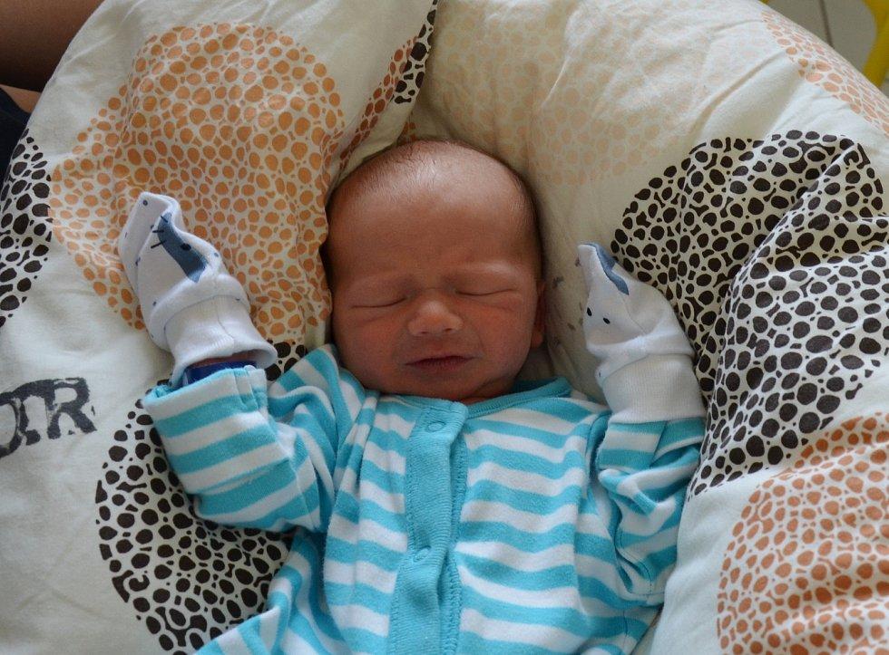 Jiří Mařík z Kašiny Hory. Prvorozený syn Markéty a Jiřího Maříkových se narodil 16. 3. 2021 v 9.34 hodin. Při narození vážil 2800 g.