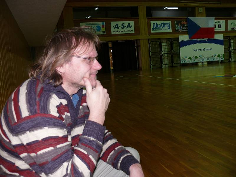 Redaktor Deníku Radek Gális na tréninku Jihostroje