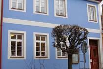 Středisko pro volný čas a integraci Domeček sídlí v Trhových Svinech v ulici Branka 588. Domeček spolupracuje s Církví československou husitskou.