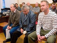U okresního soudu začalo 26. ledna líčení se třemi policisty. Čelí obžalobě  z nedbalosti a90b25fde7