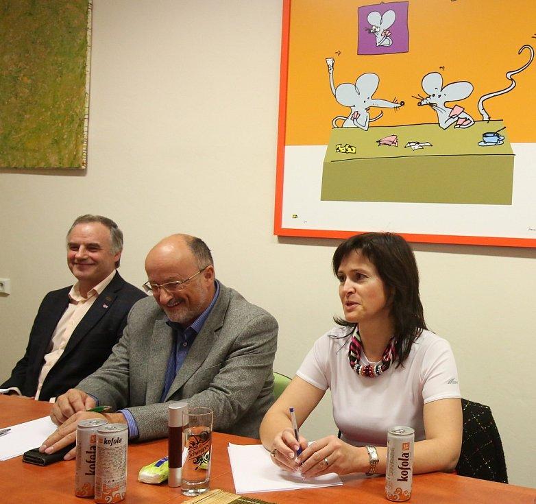 Povolební vyjednávání koalice v Českých Budějovicích stále pokračuje.