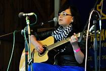 Druhé místo ve finále Dětské Porty získala ve své kategorii Kristína Nídlová z Protivína Zaujala písní Cesta do ráje, poctou Karlu Plíhalovi. Sedmnáctiletá dívka loni vydala první desku Nač se hudby bát.