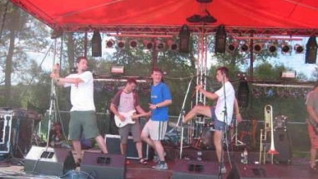 Peshata (Mighty Sounds 2006)