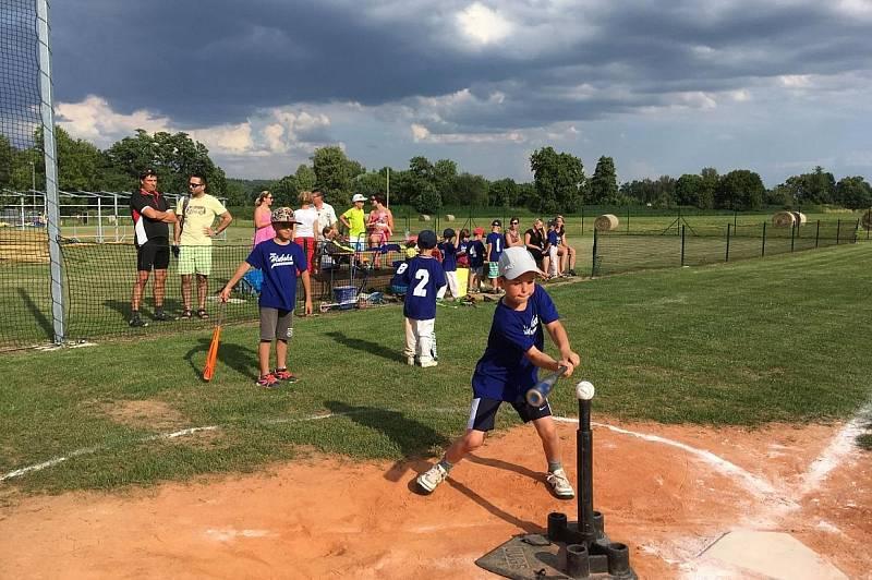 Baseballisté se v Hluboké nad Vltavou věnují dospělým i mládeži