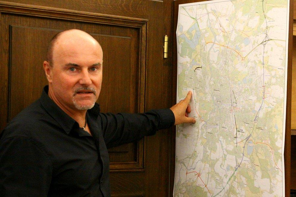 Podle Viktora Lavičky vyžaduje místo náměstka pro dopravu hlavně koordinátora a vizionáře.