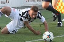 Zdeněk Linhart byl dodatečně povolán do české jednadvacítky pro kvalifikační utkání o postup na ME proti Belgii.