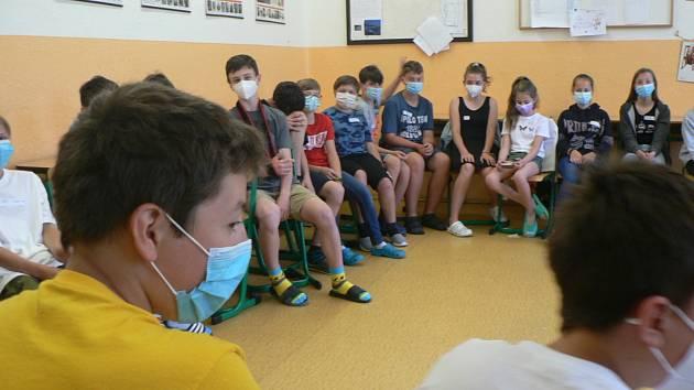 Výuka v úterý 8. června 2021 na Gymnáziu Týn nad Vltavou.