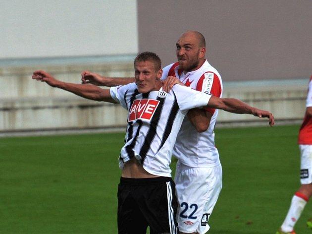 Ligový zápas Dynama se Slavií je šlágrem fotbalového víkendu v kraji.