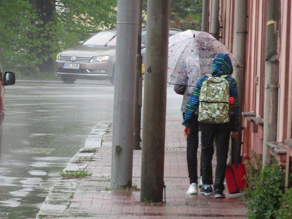 Jarní déšť na Budějovicku 13. května 2021.