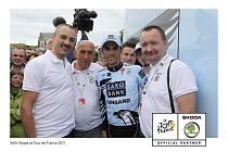 Čestmír Kalaš s Albertem Contadorem na Tour de France 2011