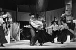 Josef Průdek, osobnost opery Jihočeského divadla, slaví 70. narozeniny. Snímek z představení Sto dukátů za Juana.
