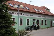 Nové muzeum loutek a stálá expozice obce se pro návštěvníky Svatého Jana nad Malší otevřou už tuto sobotu.
