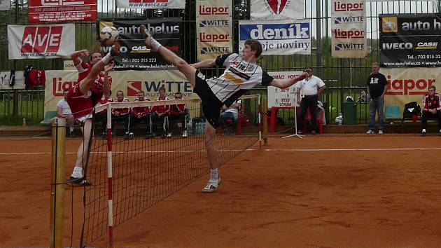 Dynamo hraje nejvyšší soutěž v nohejbalu