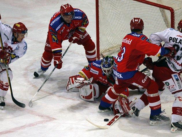 Hokejová extraliga: HC Mountfield České Budějovice – Oceláři Třinec 0:4.