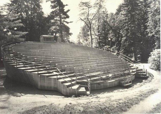 Dřívější podoba otáčivého hlediště vČeském Krumlově.