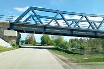 Nová cyklostezka od Plané má v Boršově nad Vltavou ústit u železničního mostu na místní komunikace.