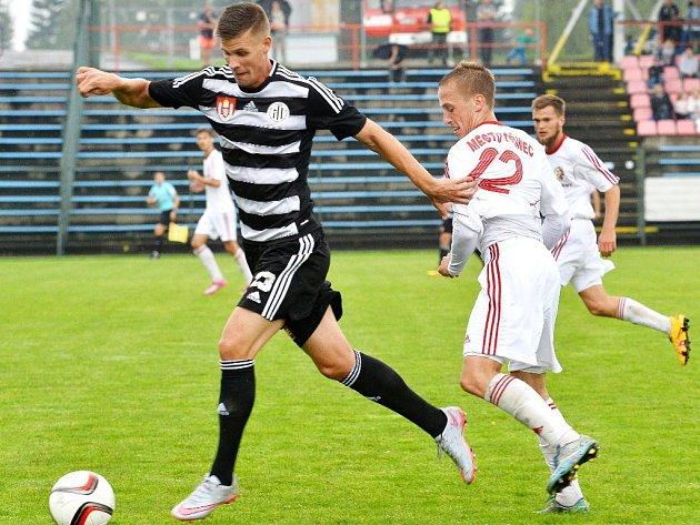 Adrian Čermák v Třinci uniká Janošíkovi: Třinec- Dynamo 0:2.