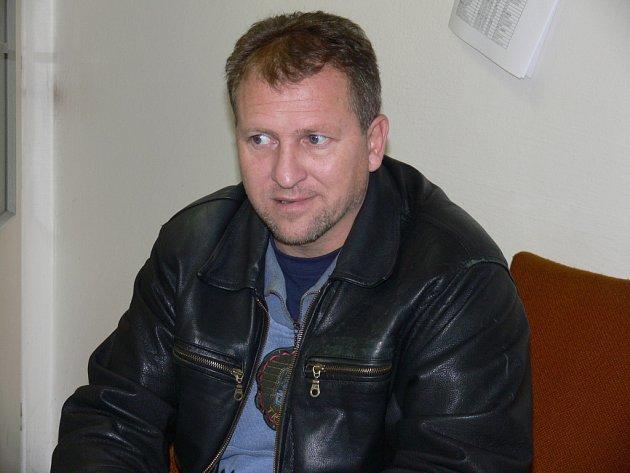 Jaroslav Rambousek se ujal role zachránce Čtyř Dvorů: vyvede je v I.A do klidnějších vod?