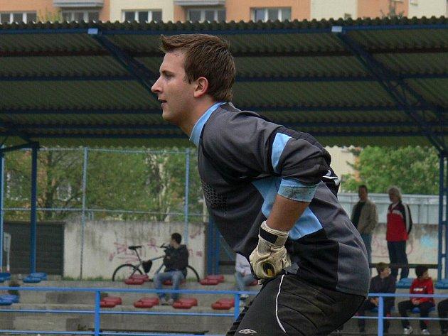 Václav Roden, dobrovodský host mezi tyčemi SK Čtyři Dvory, je na jaře brankářskou jedničkou.