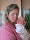 V náručí maminky Jitky Dryjové si spokojeně hoví Hana Boháčová. Hanička s porodní váhou 3,20 kg se pro svůj příchod na svět rozhodla v neděli 10.6.2012 ve 12 hodin a 12 minut. Pyšným tatínkem je Vladimír Boháč. Rodina je doma v Českých Budějovicích.